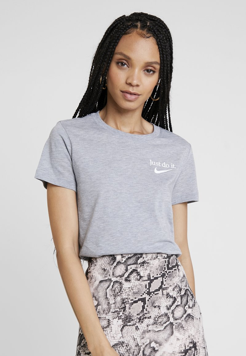 Nike Sportswear - TEE - T-Shirt print - grey heather