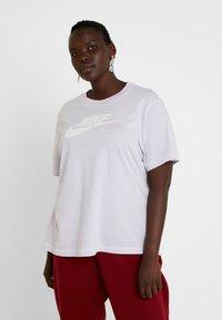 Nike Sportswear - REBEL PLUS - Triko spotiskem - lavender mist - 0