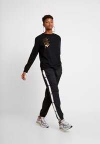 Nike Sportswear - W NSW TOP LS SHINE - Top s dlouhým rukávem - black - 1