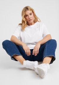 Nike Sportswear - T-paita - white - 1