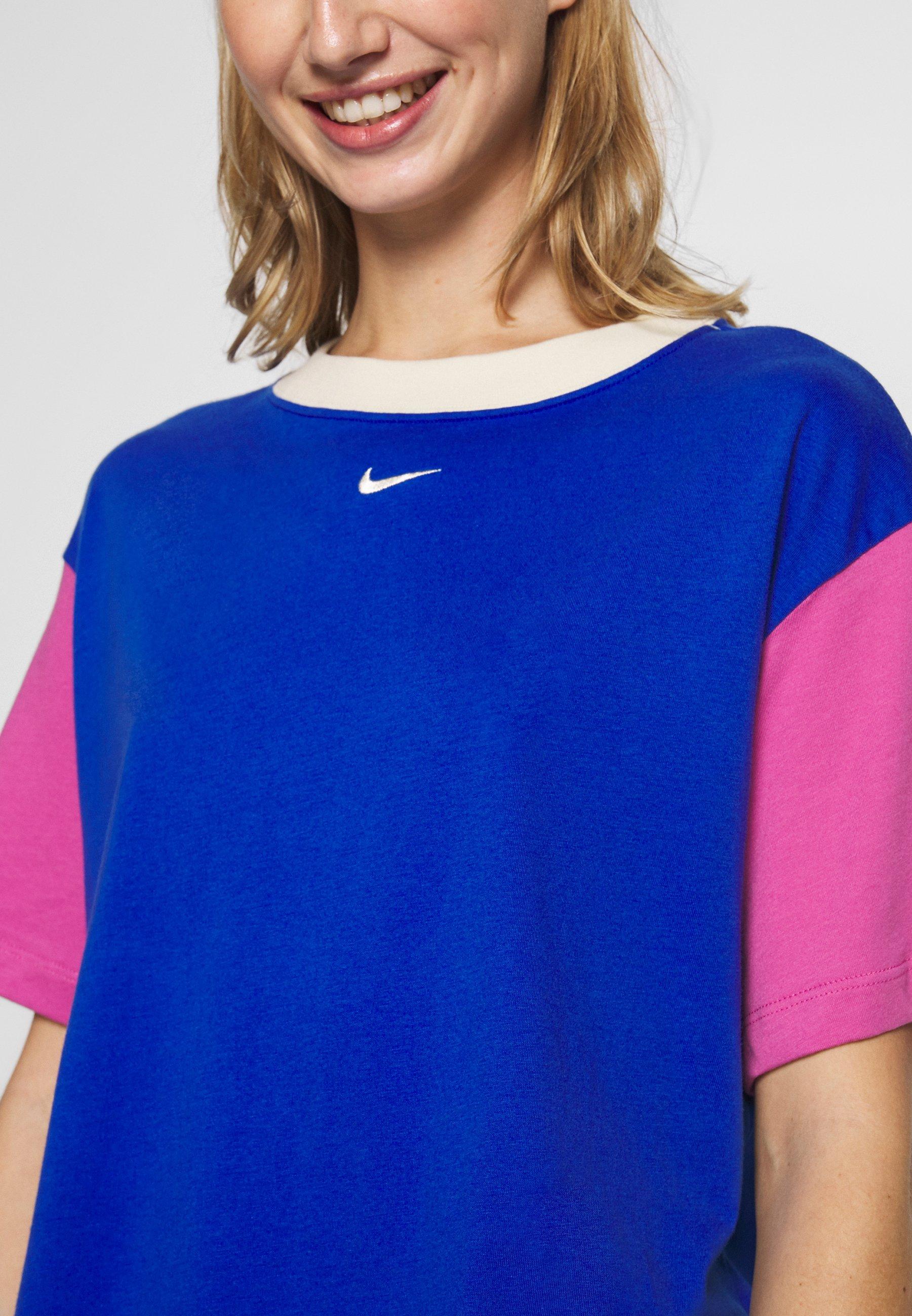 Nike Sportswear T-shirts - game royal/cosmic fuchsia/fossil
