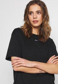 Nike Sportswear - T-Shirt basic - black - 4