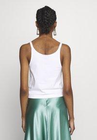 Nike Sportswear - TANK UP IN AIR - Débardeur - white/smoke grey - 2