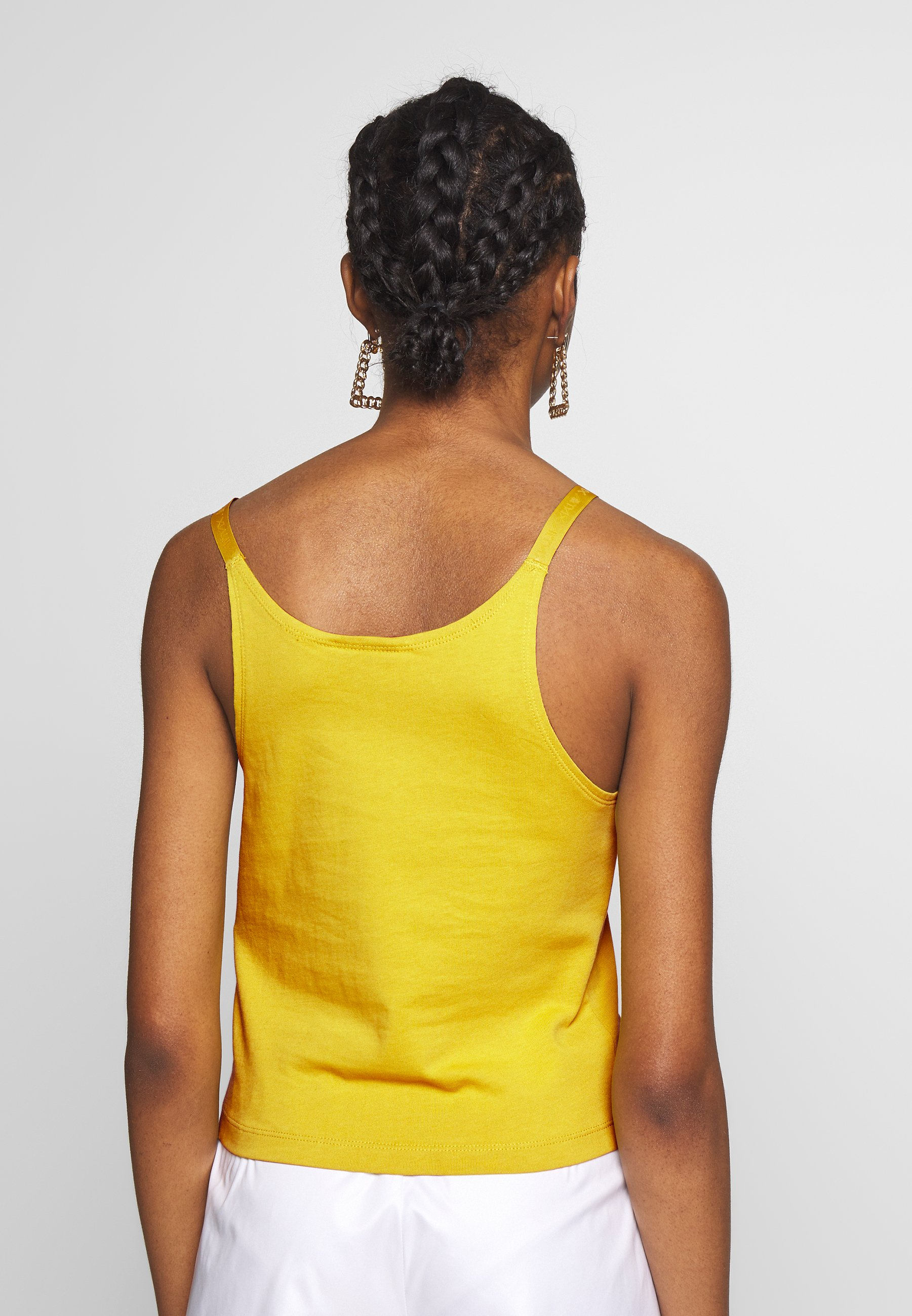 Nike Sportswear TANK UP IN AIR - Topper - saffron quartz/white