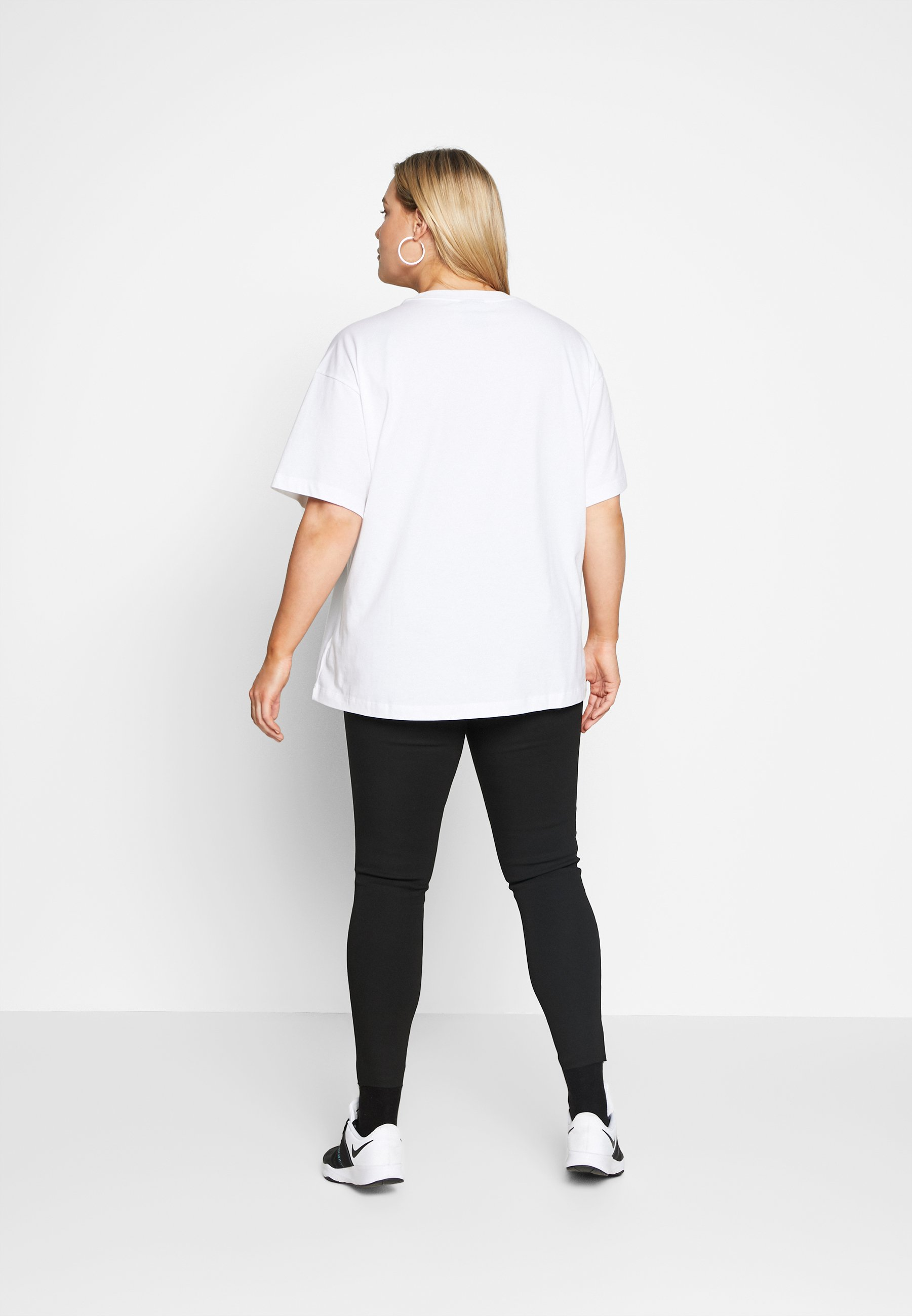 Nike Sportswear T-shirts - white/black