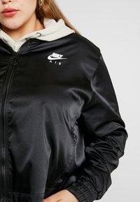 Nike Sportswear - AIR TRK PLUS - Bombejakke - black - 5