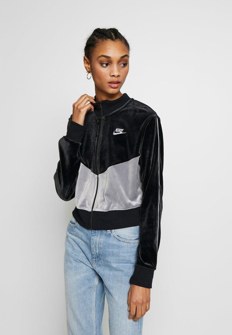 Nike Sportswear - PLUSH - Training jacket - black/cool grey/white