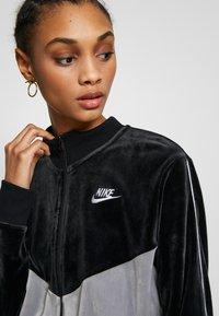 Nike Sportswear - PLUSH - Training jacket - black/cool grey/white - 5