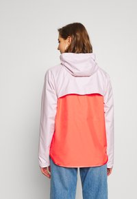 Nike Sportswear - Treningsjakke - barely rose/magic ember/white - 2