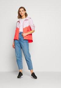 Nike Sportswear - Treningsjakke - barely rose/magic ember/white - 1