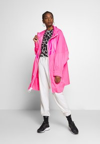 Nike Sportswear - Villakangastakki - hyper pink/white - 1