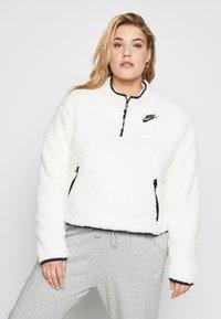 Nike Sportswear - W NSW FLC QZ PLUSH PLUS - Fleecegenser - pale ivory/black - 0