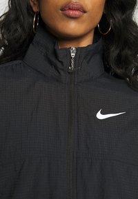 Nike Sportswear - Lett jakke - black - 4