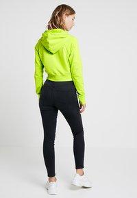 Nike Sportswear - Kapuzenpullover - cyber/black - 2