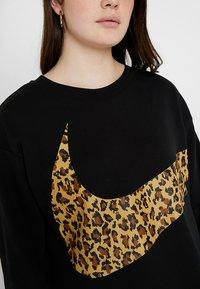 Nike Sportswear - CREW PLUS - Sweatshirt - black - 4