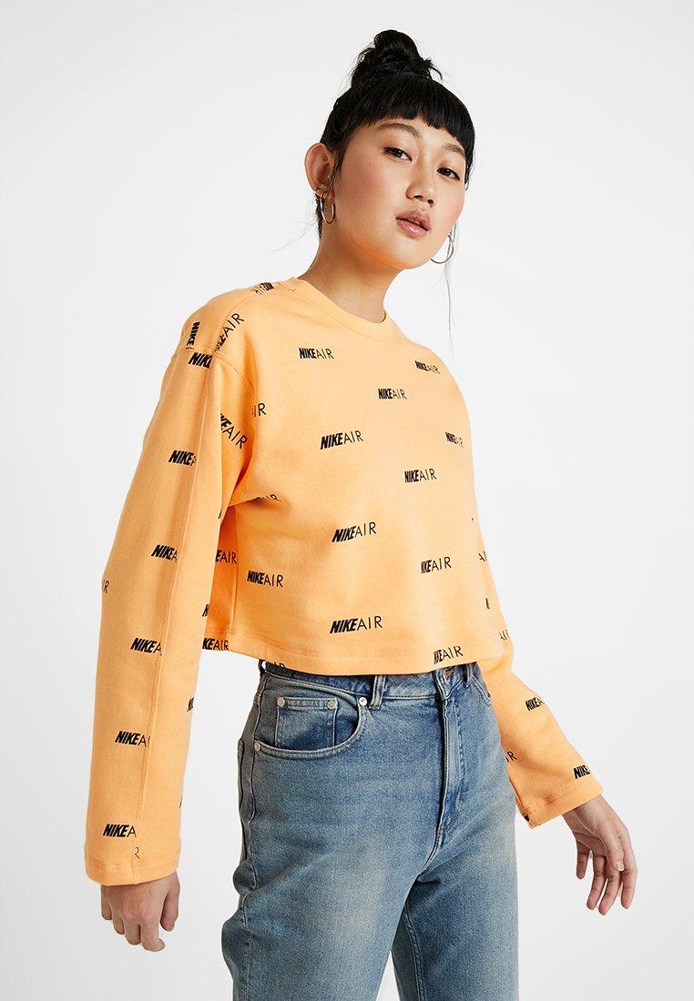 Nike Sportswear - NSW AIR CREW - Mikina - fuel orange black
