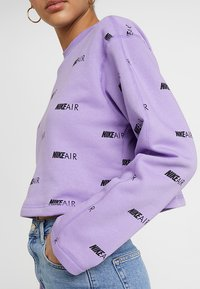 Nike Sportswear - NSW AIR CREW - Mikina - space purple/white - 5