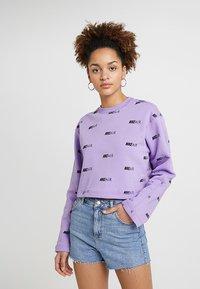 Nike Sportswear - NSW AIR CREW - Mikina - space purple/white - 0