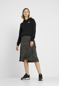 Nike Sportswear - Huppari - black - 1