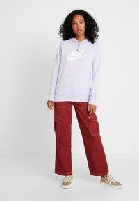 Nike Sportswear - HOODIE - Hoodie - lavender mist/white - 1
