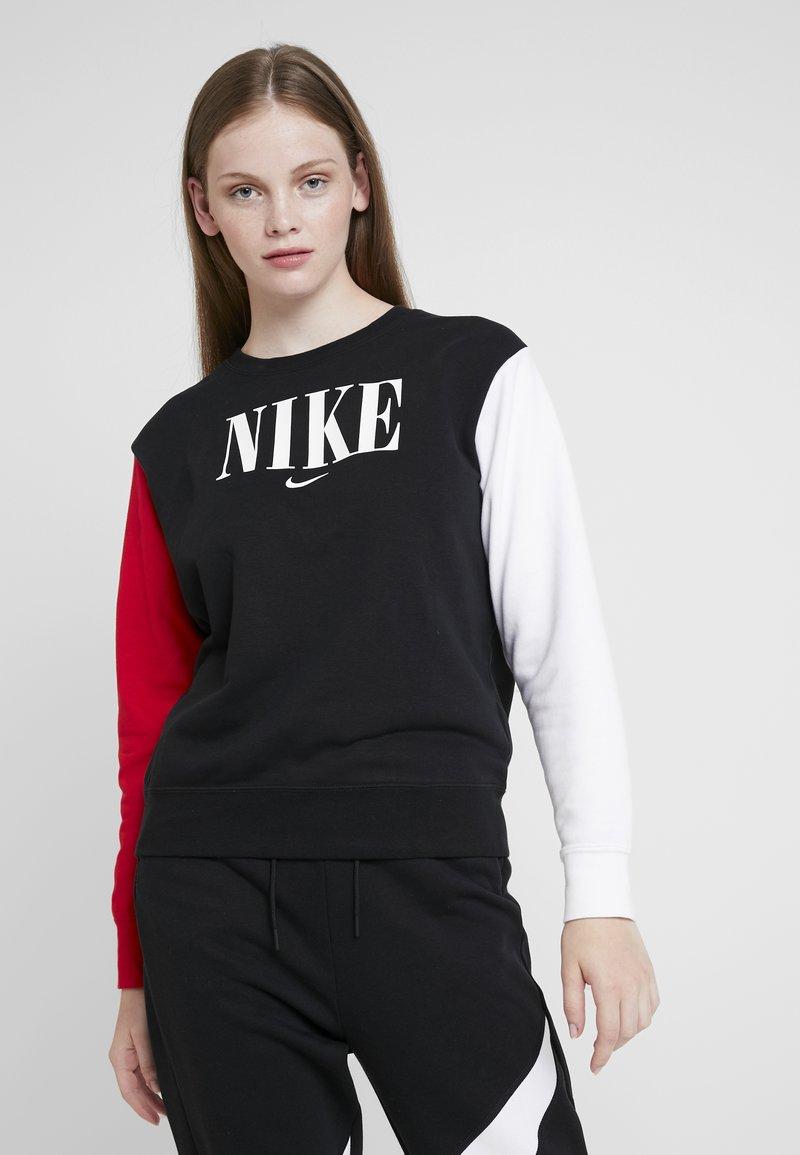 Nike Sportswear - CREW FT HBR - Sweatshirt - black/university red/white