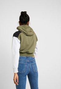 Nike Sportswear - veste en sweat zippée - medium olive/black/birch heather - 2