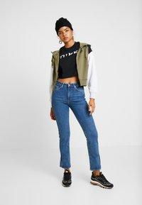 Nike Sportswear - veste en sweat zippée - medium olive/black/birch heather - 1