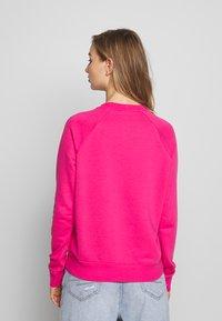 Nike Sportswear - CREW - Mikina - watermelon/white - 2