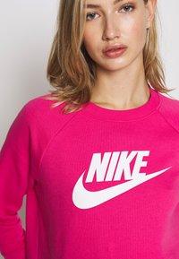 Nike Sportswear - CREW - Mikina - watermelon/white - 4