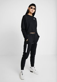 Nike Sportswear - Sweater - black/white - 1