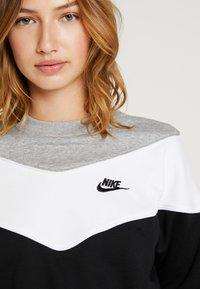 Nike Sportswear - Sweatshirt - black/white - 5