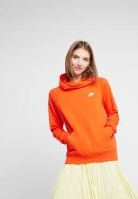 Nike Sportswear - Hoodie - team orange - 0