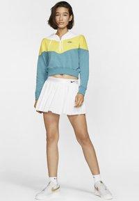 Nike Sportswear - Hoodie - chrome yellow - 1