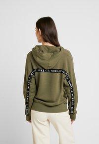 Nike Sportswear - AIR HOODIE - Luvtröja - medium olive/black - 2