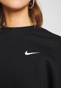 Nike Sportswear - CREW TREND - Mikina - black/white - 5