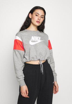 CREW - Sweatshirt - dark grey heather/track red/white
