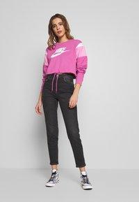 Nike Sportswear - CREW - Felpa - cosmic fuchsia/magic flamingo/white - 1