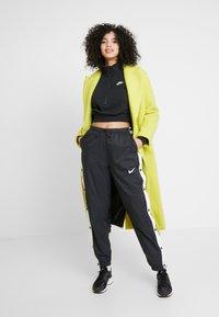 Nike Sportswear - CROP - Sweatshirt - black/white - 1