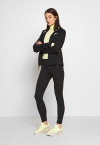 Nike Sportswear - HOODIE - Hoodie met rits - black/white - 1