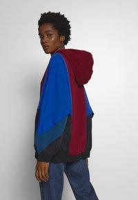 Nike Sportswear - HOODY MIX - Hoodie - multi-coloured - 2
