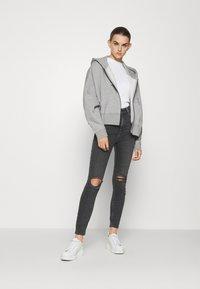 Nike Sportswear - Bluza rozpinana - dark grey heather/white - 1