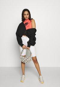 Nike Sportswear - TREND - Mikina na zip - black/white - 1
