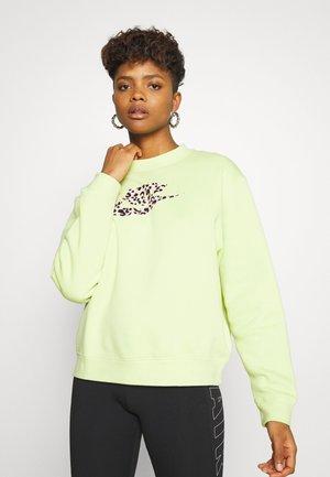 PACK CREW - Sweatshirt - limelight