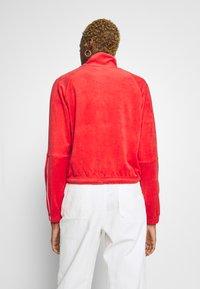 Nike Sportswear - RETRO - Zip-up hoodie - track red - 2