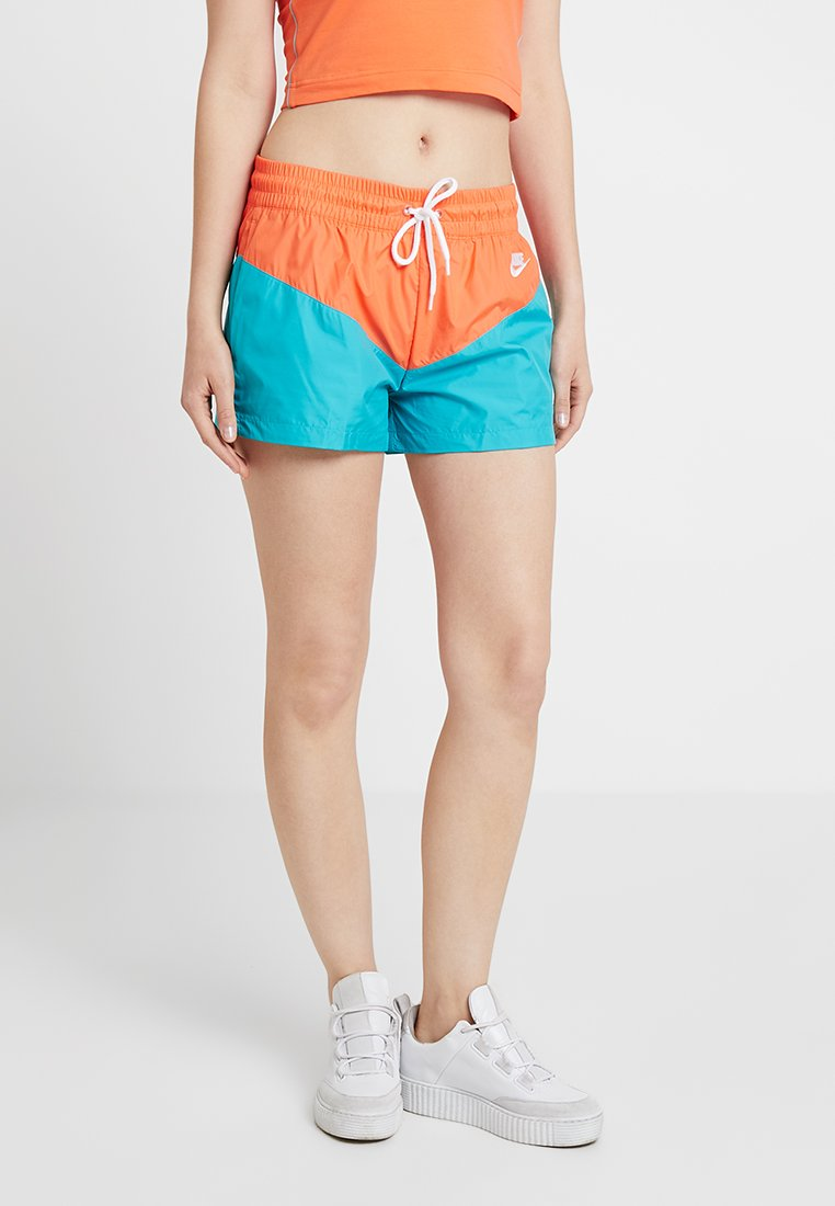 Nike Sportswear - HRTG - Shorts - cabana/turf orange/white