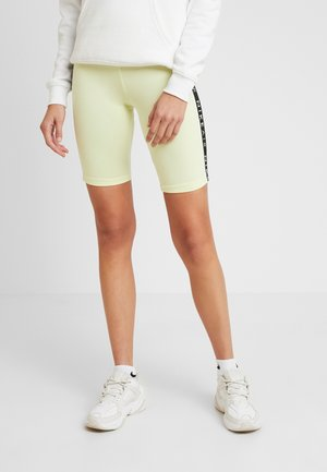 AIR BIKE - Shorts - luminous green
