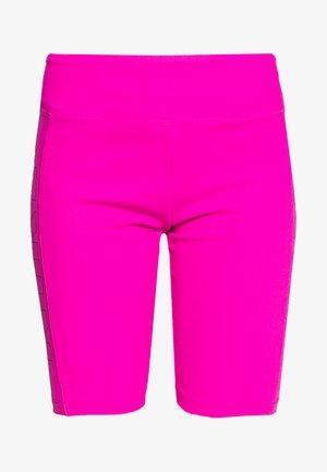 W NSW AIR BIKE - Shorts - fire pink