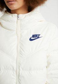 Nike Sportswear - FILL - Lehká bunda - pale ivory/blue void - 6