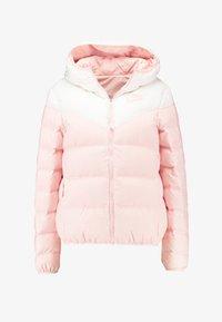 white/echo pink