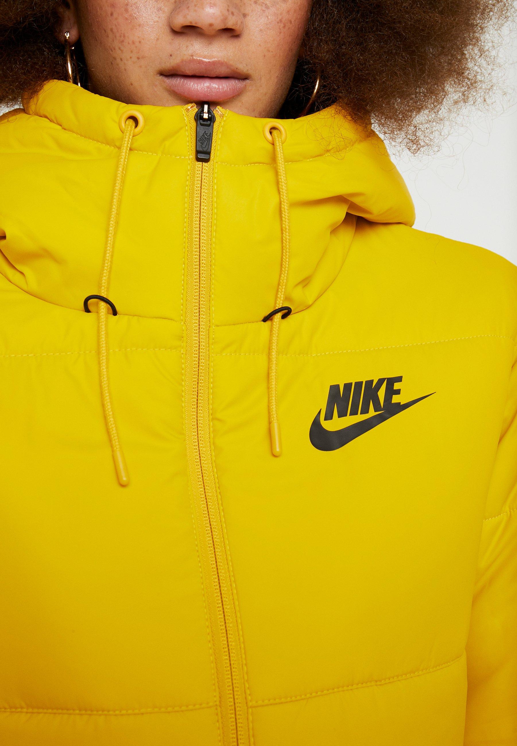 Nike Sportswear FILL Talvitakki dark sulfurblack